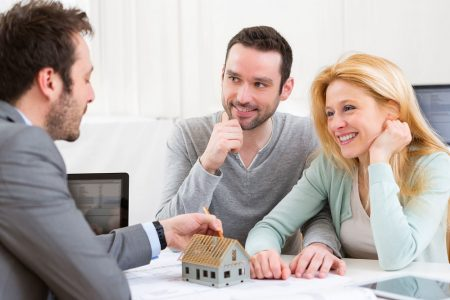 Chosing-the-right-real-estate-agent-to sell-your-home-loan-Reduce-home-loan-Cheapest-home-loan-Australia